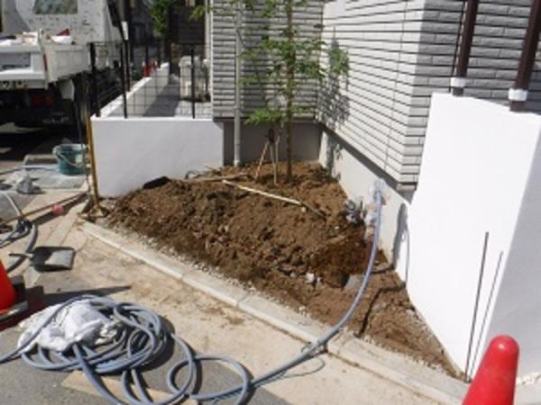 横浜市港北区O様邸 工事行っています